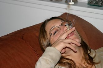 Glasses-wearing and nerdy college-aged GF gets banged by her boyfriend