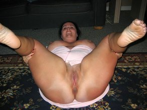 Thick-ass dark-haired BBW wife spreading her massive thighs and more