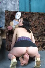 Teenage beauty enjoys facesitting and cock-riding